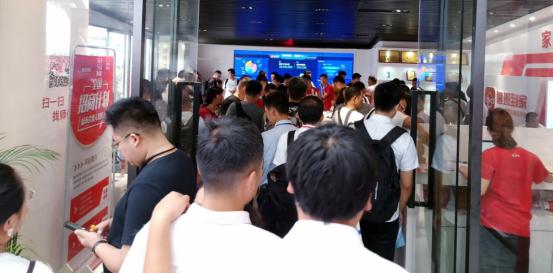 """双展馆齐放,5万人参观咨询,鲁班到家""""引爆""""中国建博会"""