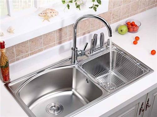厨房淘菜盆下水管安装方法