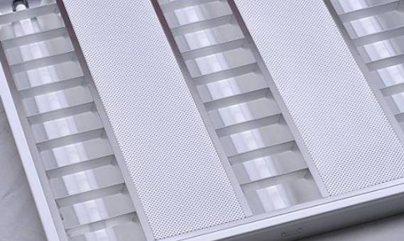 格栅灯有什么特点?
