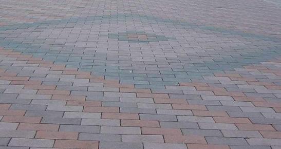 广场砖要怎么施工