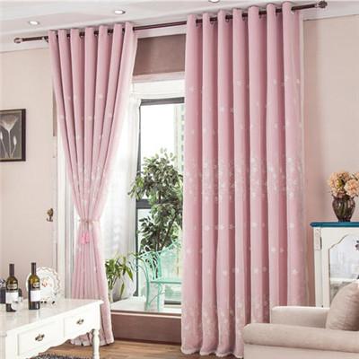 抽拉窗帘安装步骤