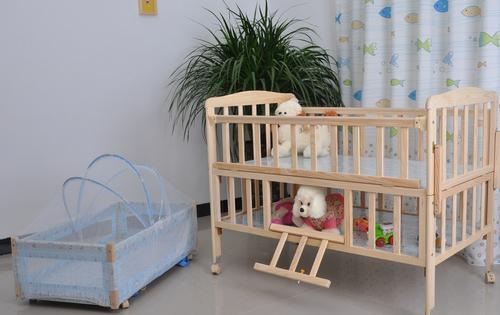 哥比兔婴儿床怎么安装?安装步骤看这里