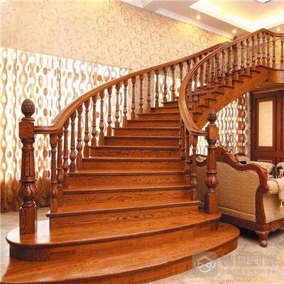 楼梯木扶手的安装方法