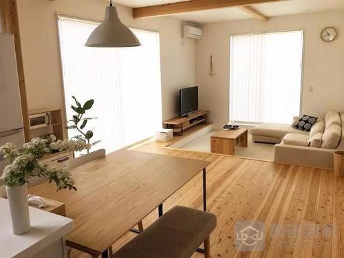 原木色配什么颜色好看原木色家具配什么颜色墙面好看