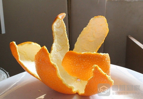 冰箱臭味严重怎么去除之橘子皮除味法