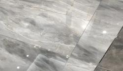 浅灰色地砖